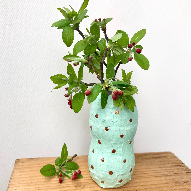 Vase selber machen, Blumenvase aus Plastikflasche, Geschenkidee, Upcycling Deko, Aus alt mach neu