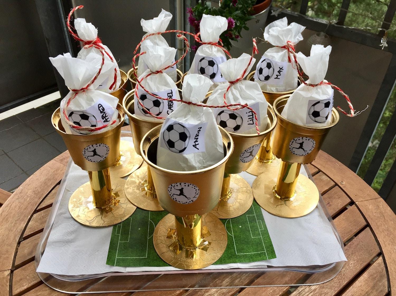 Fußball Kindergeburstag, DIY Pokale als Mitgebeseltüte selber machen