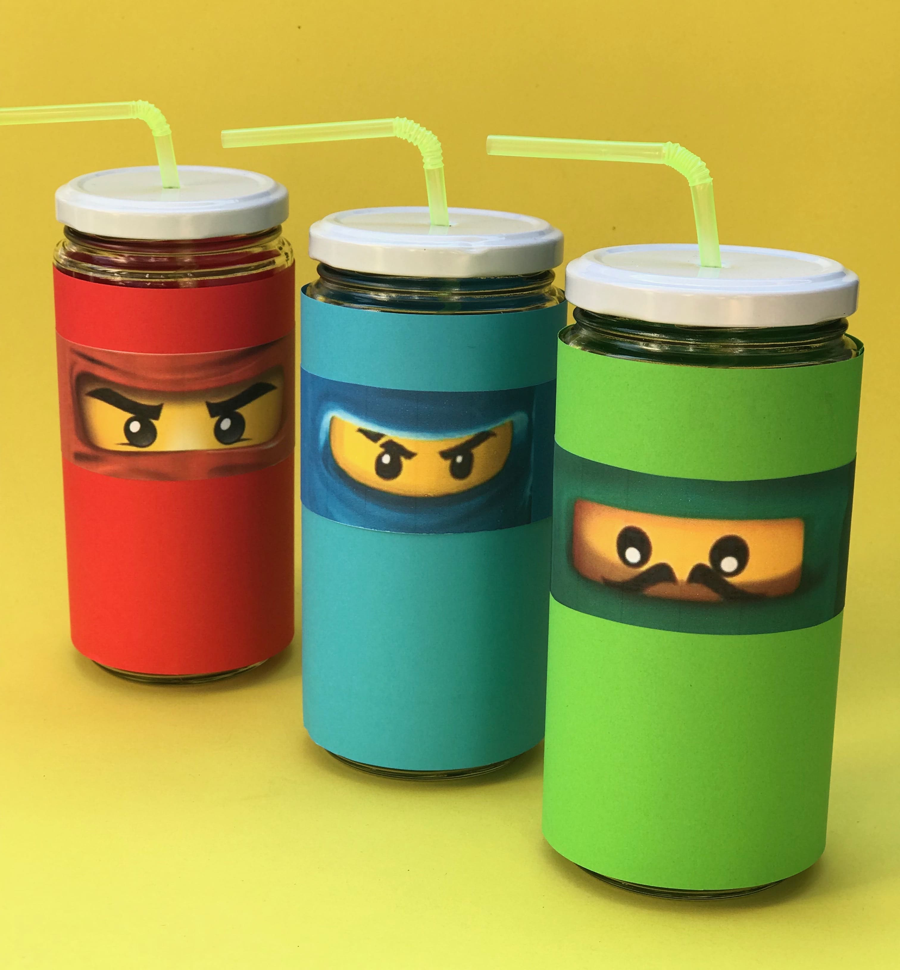 ninjago-kindergeburtstag-upcycling-trinkglaeser-selbermachen-nachhaltige-bastelidee