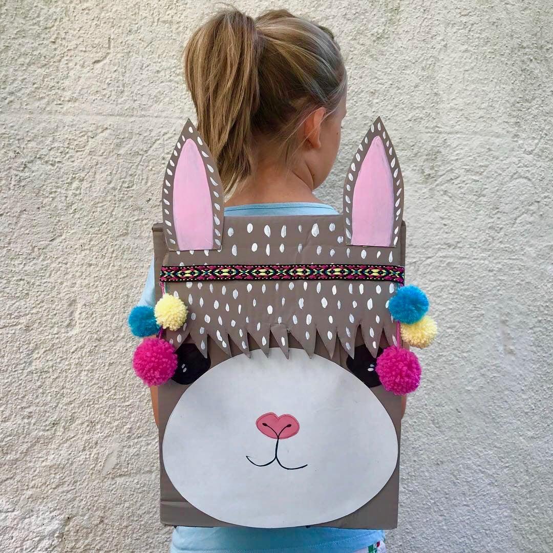 kinderspielzeug-selbermachen-basteln-kinder-upcycling-rucksack-lama-alpaka-diy