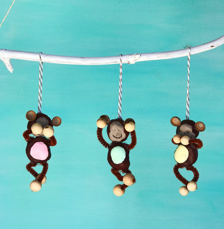 DIY Die drei Affen aus Kastanien basteln