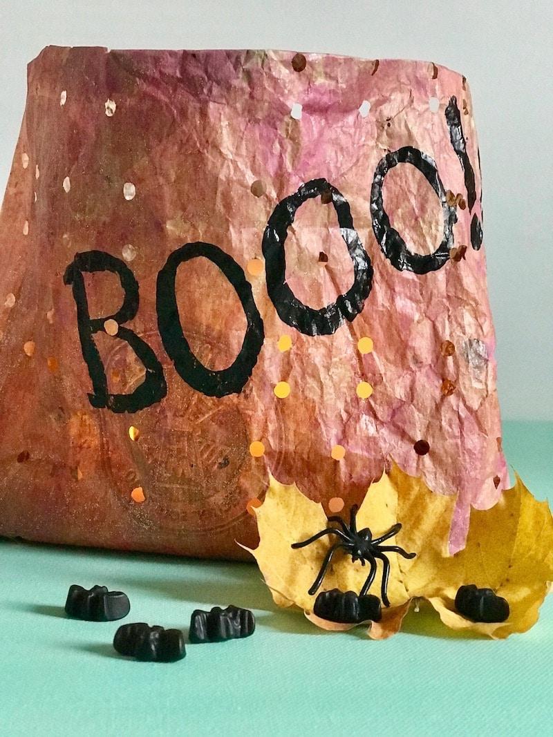 Halloween Teelicht aus Brottuete, Upcycling, Halloween Deko