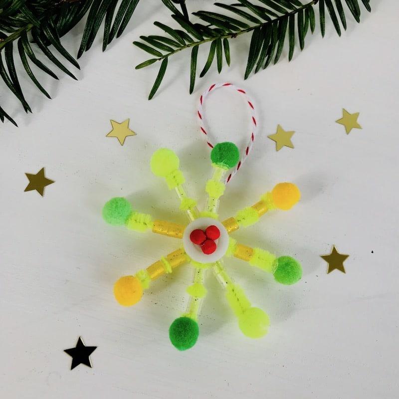 DIY Weihnachtsschmuck, Stern, Pompom, Basteln
