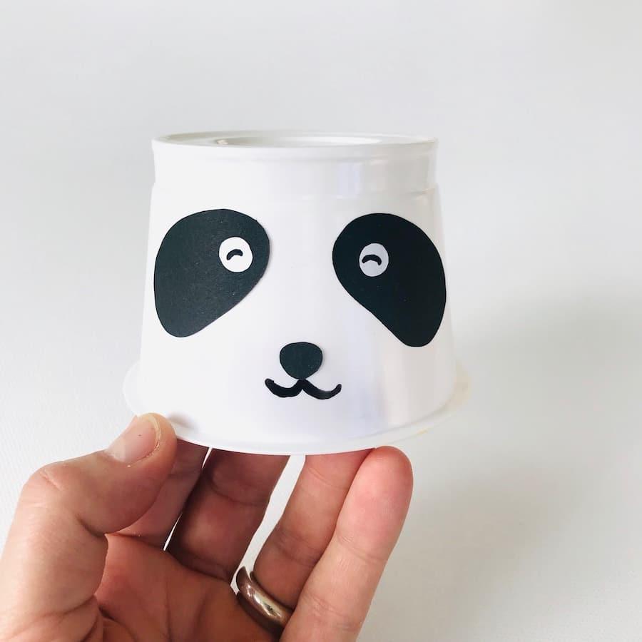 Pandabaer Partyhut basteln, Gesicht
