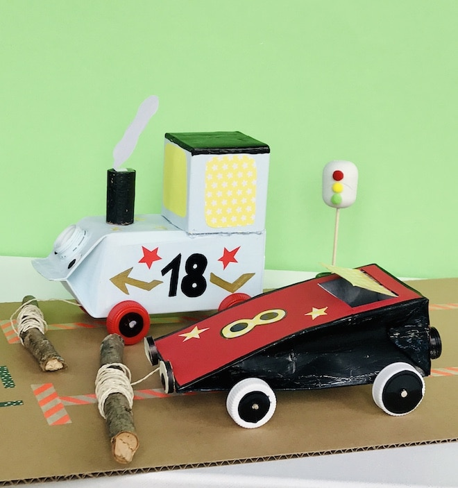 Autos aus Milchkartons basteln, Upcycling fuer Kinder, Kinderparty