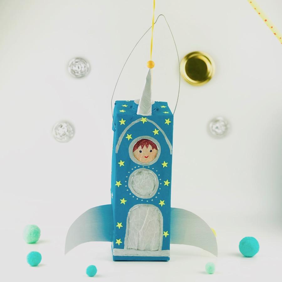 Raketen-Laterne aus Mlichtuete basteln, Upyclig fuer Kinder